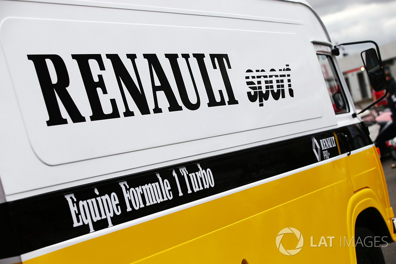 Renault Sport F1 Team F1 Historic Transporter