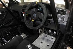 Volkswagen Ameo Cup cockpit