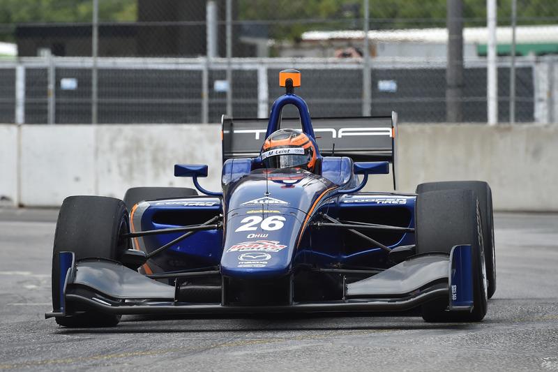 O gaúcho acabou competindo na Indy Lights, categoria de acesso à Indy nos Estados Unidos.