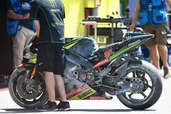 Jonas Folger, Monster Yamaha Tech 3, moto chocada