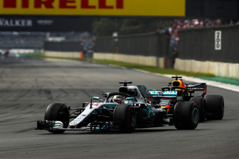 Lewis Hamilton, Mercedes AMG F1 W09 EQ Power+, leads Daniel Ricciardo, Red Bull Racing RB14