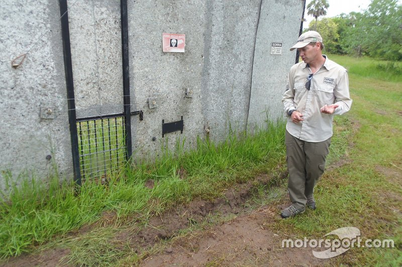 Mario Haberfeld, Oncafari Project – showing where the orphaned jaguars were released back into the wild from their enclosure
