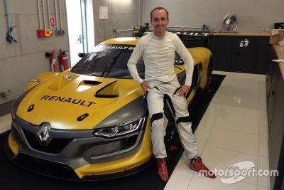 Объявление об участии Роберта Кубицы в Renault Sport Trophy