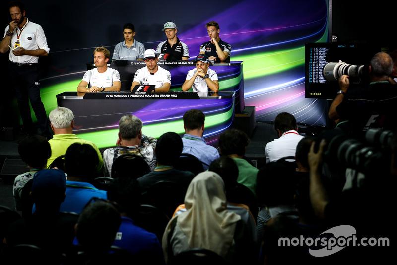 The FIA Press Conference: Esteban Ocon, Manor Racing; Nico Hulkenberg, Sahara Force India F1; Daniil