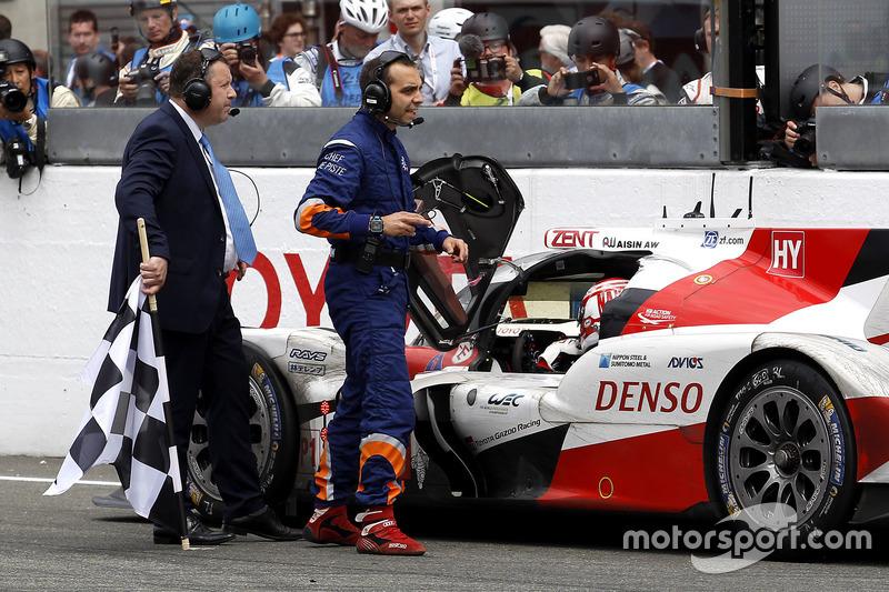 24 Heures du Mans : Toyota à l'arrêt