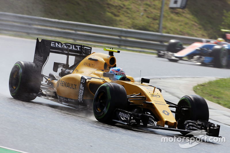 17: Jolyon Palmer, Renault Sport F1 Team RS16