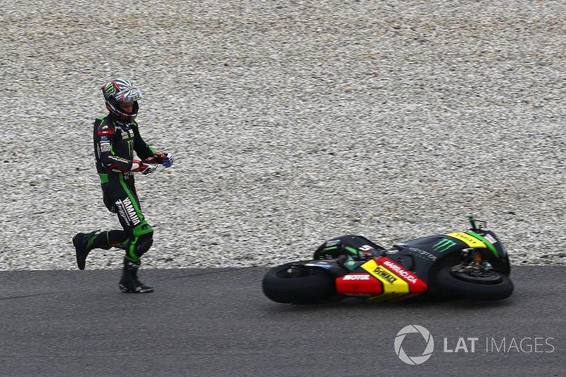 Johann Zarco, Monster Yamaha Tech 3 choque