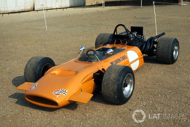 El McLaren M9A