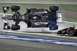 Crash: Esteban Gutierrez, Sauber; Pastor Maldonado, Lotus
