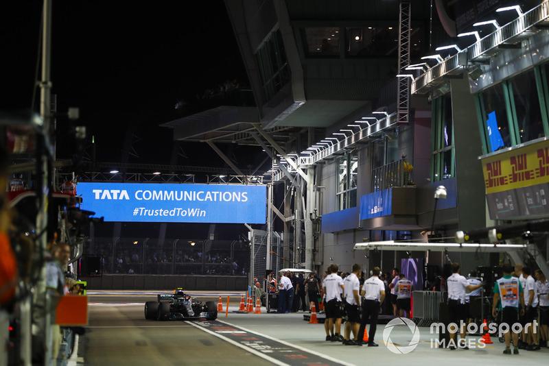 Valtteri Bottas, Mercedes AMG F1 W09 EQ Power+, no pit lane