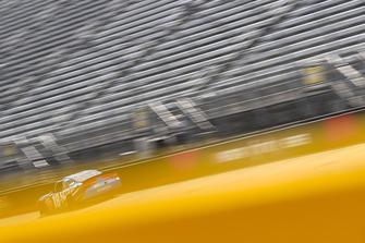 Kyle Busch, Joe Gibbs Racing, Toyota Camry NOS Energy Drink