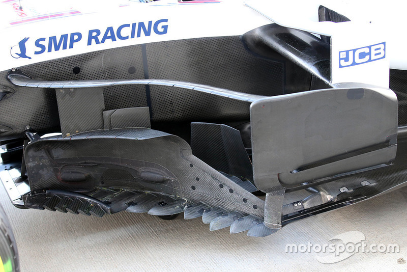 Williams FW41 bargeboard
