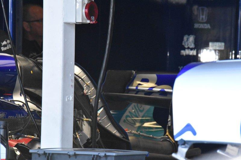 Toro Rosso STR14: Blick unter die Motorhaube