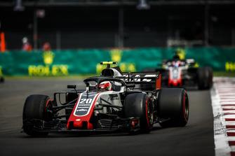 Кевин Магнуссен и Ромен Грожан, Haas F1 Team VF-18