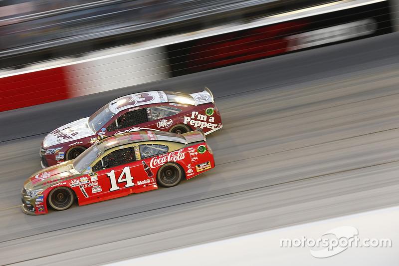 Tony Stewart, Stewart-Haas Racing, David Ragan, BK Racing Toyota