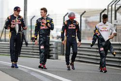 Max Verstappen, Scuderia Toro Rosso, Daniil Kvyat, Red Bull Racing, Carlos Sainz Jr., Scuderia Toro