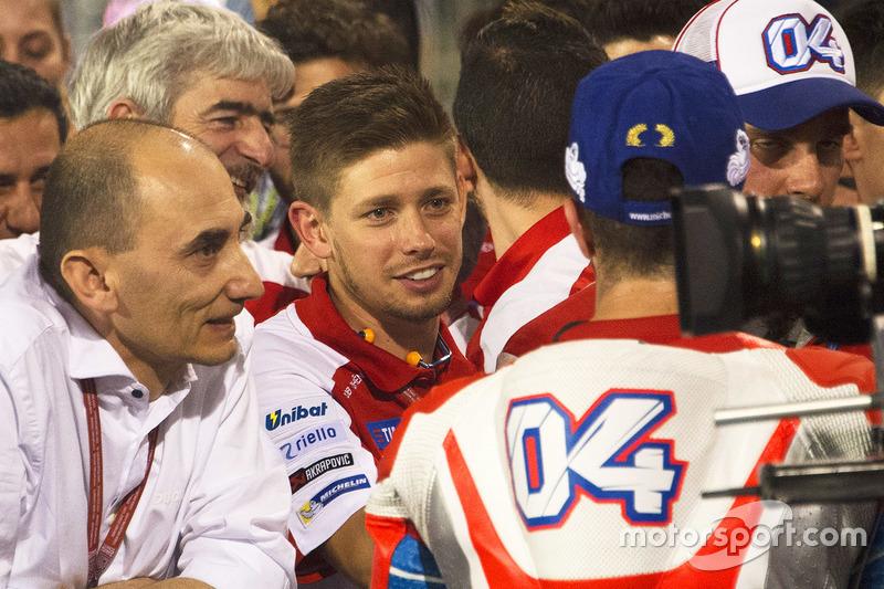 Casey Stoner felicita al segundo lugar, Andrea Dovizioso, Ducati Team