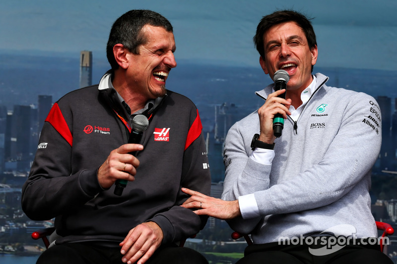 Guenther Steiner, Haas F1 con Toto Wolff, Mercedes AMG F1