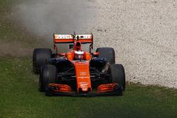 Вылет с трассы: Стоффель Вандорн, McLaren MCL32