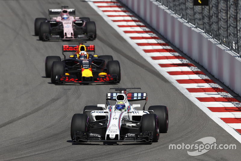 Felipe Massa, Williams FW40, Daniel Ricciardo, Red Bull Racing RB13, Sergio Perez, Sahara Force Indi
