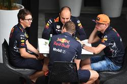 Макс Ферстаппен, Red Bull Racing, гоночний інженер Red Bull Racing Джанп'єро Ламб'язе