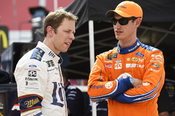 Brad Keselowski, Team Penske, Ford; Joey Logano, Team Penske, Ford