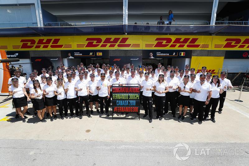 The McLaren team congratulate their driver Fernando Alonso, McLaren, on reaching his milestone 300th Grand Prix start