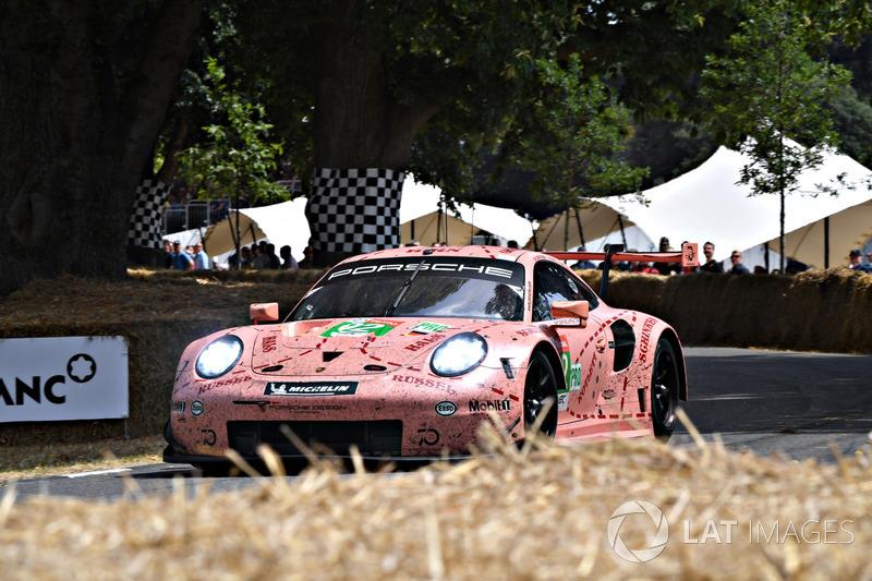 Kevin Estre et sa Porsche 911 RSR 'Cochon Rose'