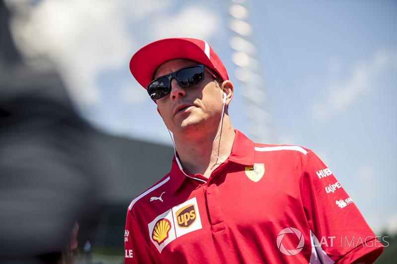 Kimi Raikkonen, Ferrari lors de la parade des pilotes