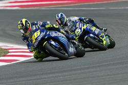 Валентино Росси, Yamaha Factory Racing и Сете Жибернау, Honda