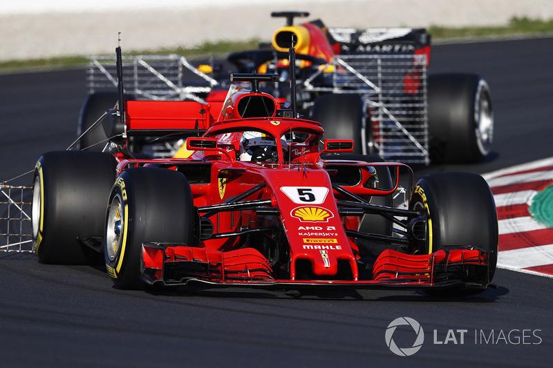 Sebastian Vettel, Ferrari SF71H, con un rastrello di sensori