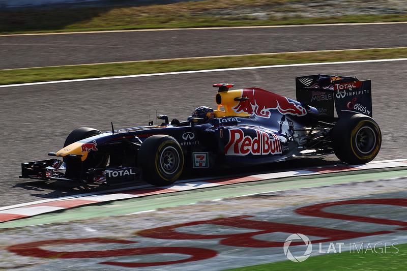 "2011: Red Bull RB7 - ""Kinky Kylie"""
