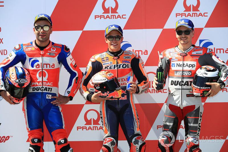 Володар поула Марк Маркес, Repsol Honda Team, друге місце Даніло Петруччі, Pramac Racing, третє місце Хорхе Лоренсо, команда Ducati