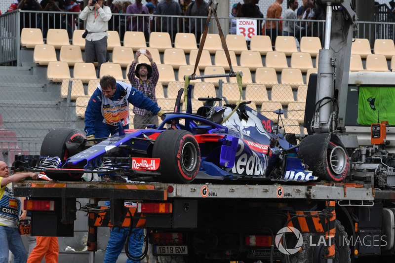 Mobil Brendon Hartley, Scuderia Toro Rosso setelah kecelakaan besar FP3