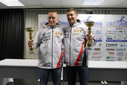 Переможці гонки Юрій Протасов та Павло Черепін