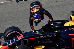 Pole sitter Daniel Ricciardo, Red Bull Racing RB14 celebrates in parc ferme