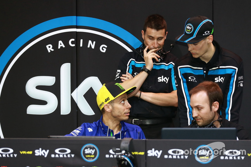 Valentino Rossi con Stefano Manzi, Sky Racing Team VR46