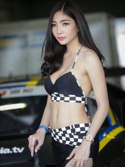 Hot grid girl