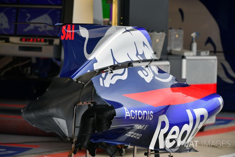 Аеродинамічні елементи Scuderia Toro Rosso STR12