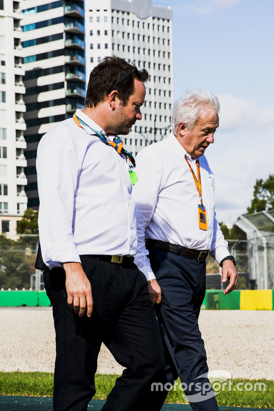 Charlie Whiting, Director de carrera de la FIA