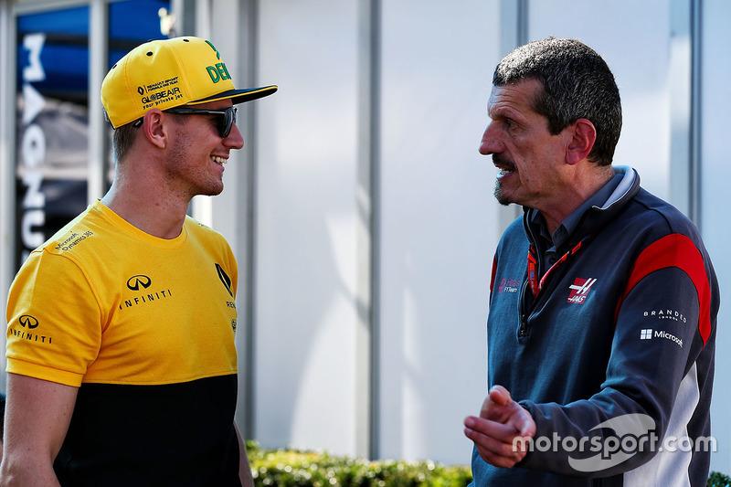 Nico Hülkenberg, Renault Sport F1 Team; Teamchef Günther Steiner, Haas F1 Team