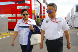 Monisha Kaltenborn, Team Principal and CEO, Sauber, Masashi Yamamoto, General Manager of Honda Motorsports