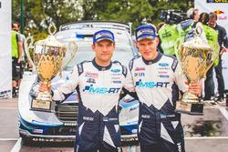Winner Ott Tänak, Martin Järveoja, Ford Fiesta WRC, M-Sport with the team