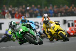 Randy de Puniet, Kawasaki Racing Team; Sylvain Guintoli, Yamaha Tech 3
