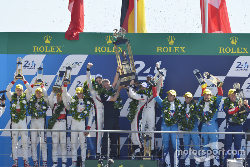 Podium: ganadores, Timo Bernhard, Earl Bamber, Brendon Hartley, Porsche Team, segundos, Ho-Pin Tung, Oliver Jarvis, Thomas Laurent, DC Racing, terceros, Mathias Beche, David Heinemeier Hansson, Nelson Piquet Jr., Vaillante Rebellion Racing