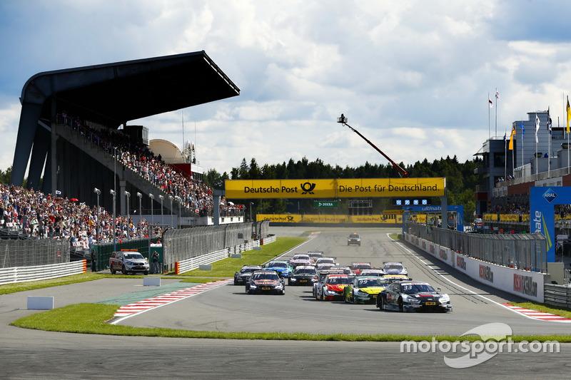 Start: René Rast, Audi Sport Team Rosberg, Audi RS 5, führt