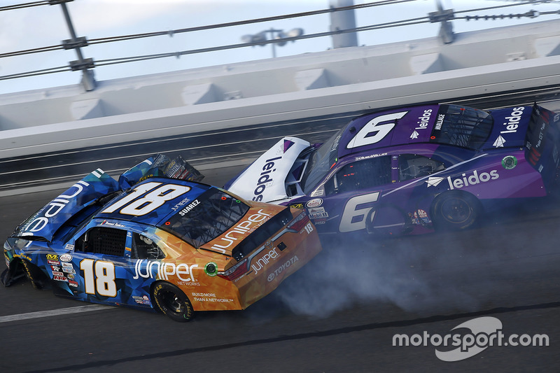Daniel Suarez, Joe Gibbs Racing, Toyota; Darrell Wallace Jr., Roush Fenway Racing, Ford