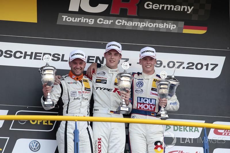 Podium: 1. Moritz Oestreich, Honda Team ADAC Sachsen, Honda Civic Type R-TCR, 2. Pascal Eberle, Steibel Motorsport, Seat Leon TCR, 3. Luca Engstler, Liqui Moly Team Engstler, VW Golf GTI TCR