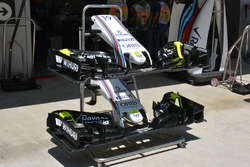 New Williams FW38 front wing