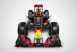 El Red Bull Racing RB12 con el logo de Aston Martin